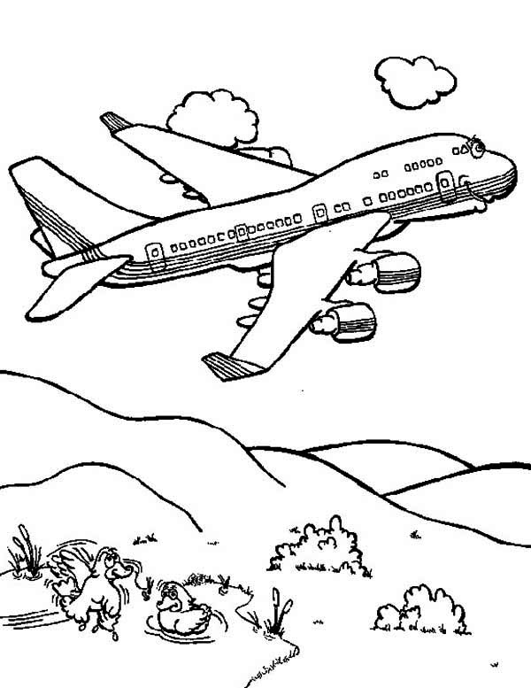 Cartoon Jumbo Jet Coloring Page