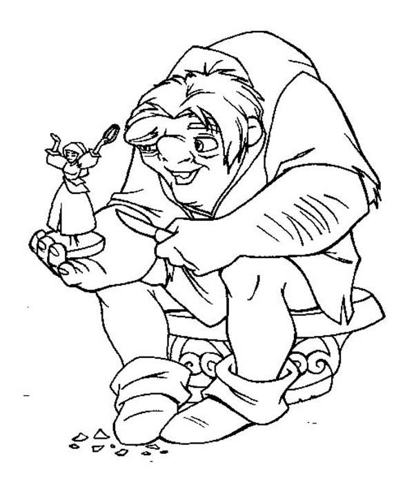 Hunchback Of Notre Dame Quasimodo Hold Little Figure Esmeralda In The