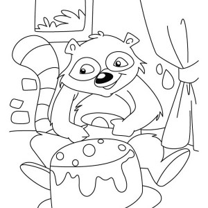Raccoon and a Cake Coloring Page