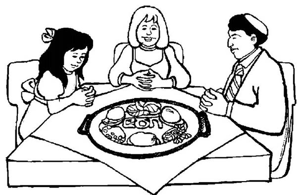 Making Pray Before The Passover Dinner Coloring Page